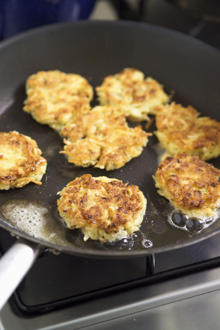 potato latkes in frying pan
