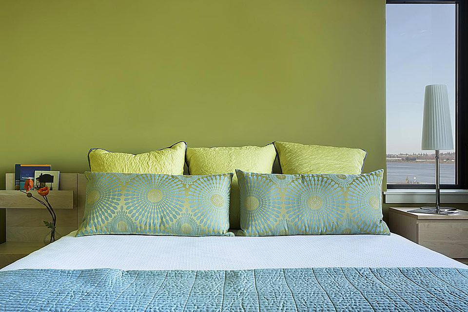 Accent Wall Finishes: Most Common Types Used in Bedrooms
