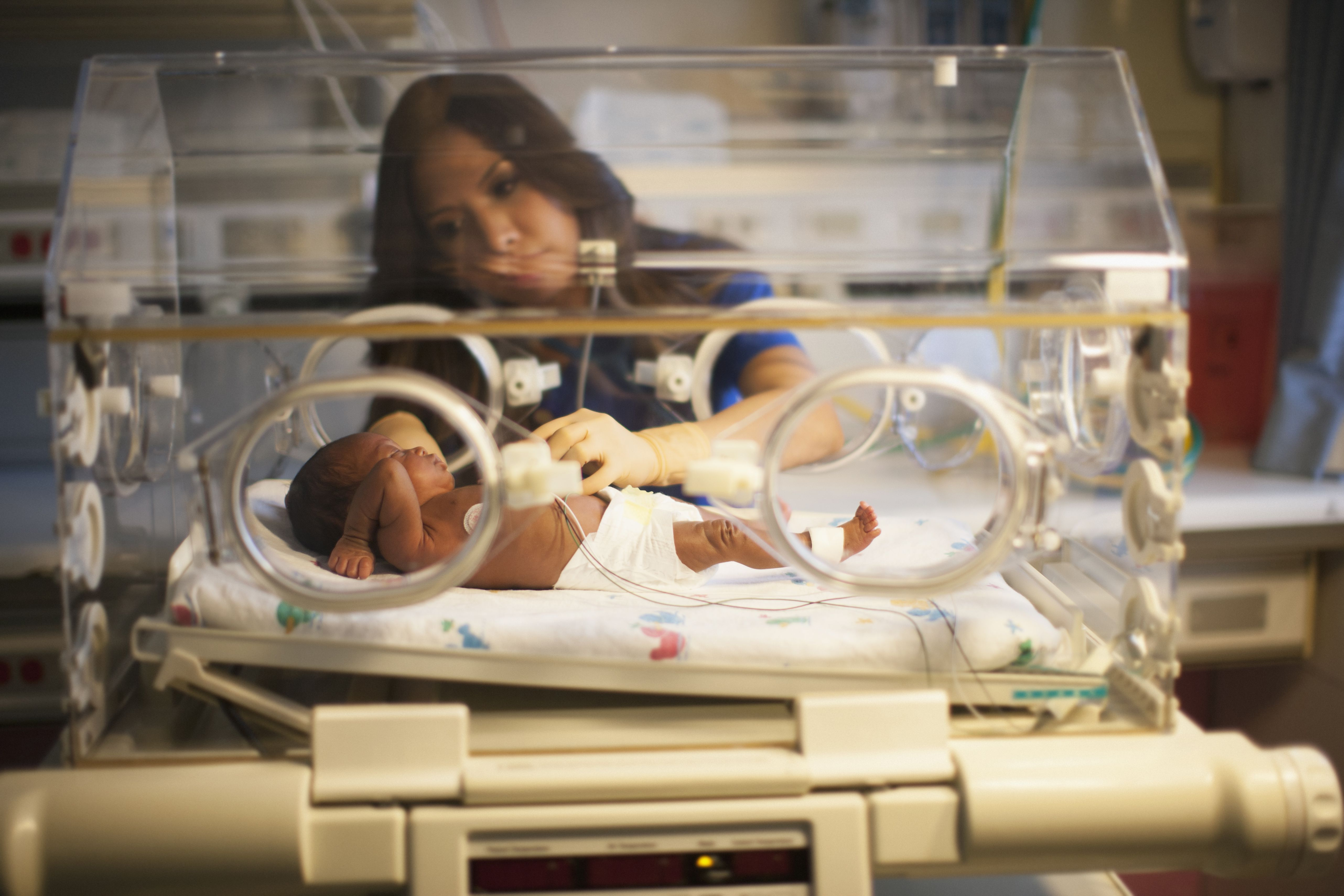 A Guide to Low Blood Sugar in Premature Babies