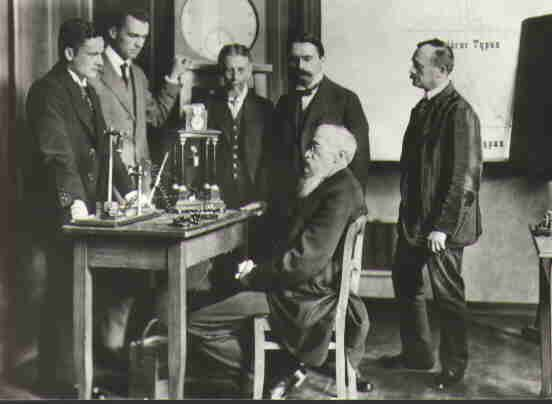 Wilhelm Wundt founded the first psychology lab