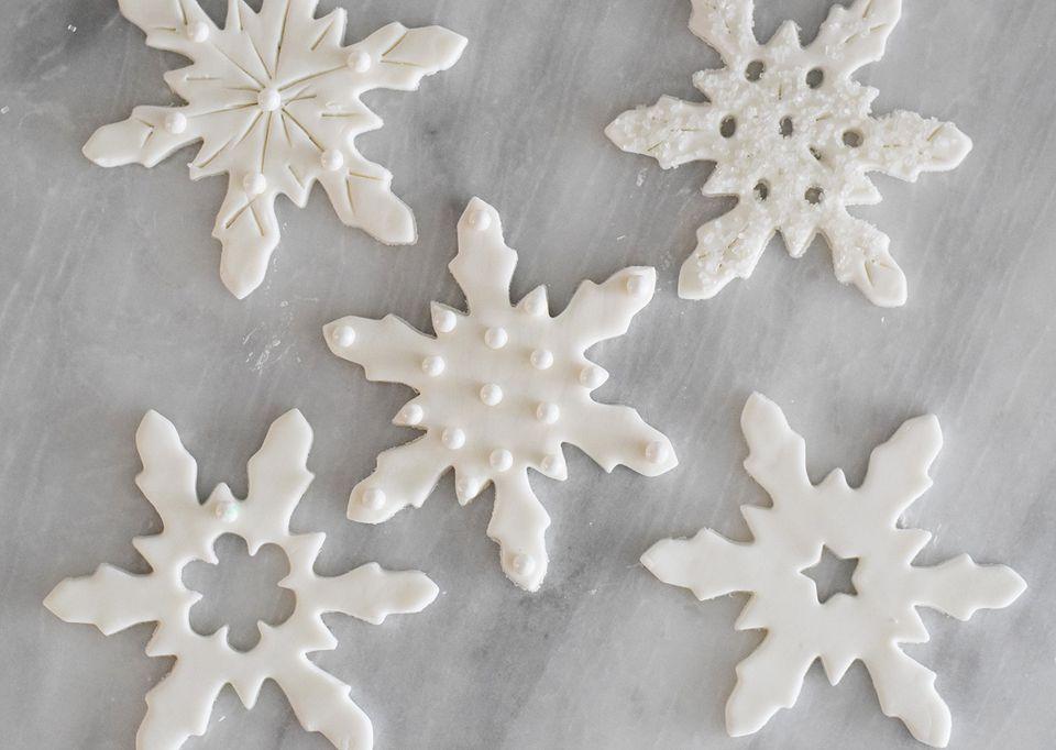 fondant snowflakes