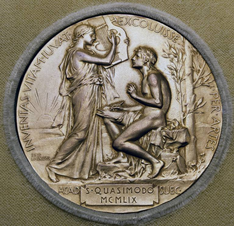 How much is a Nobel Prize worth? The design on the Nobel Prize medal varies, but each modern medal is 18 carat green gold plated with 24 carat gold, making it worth over $10,000.