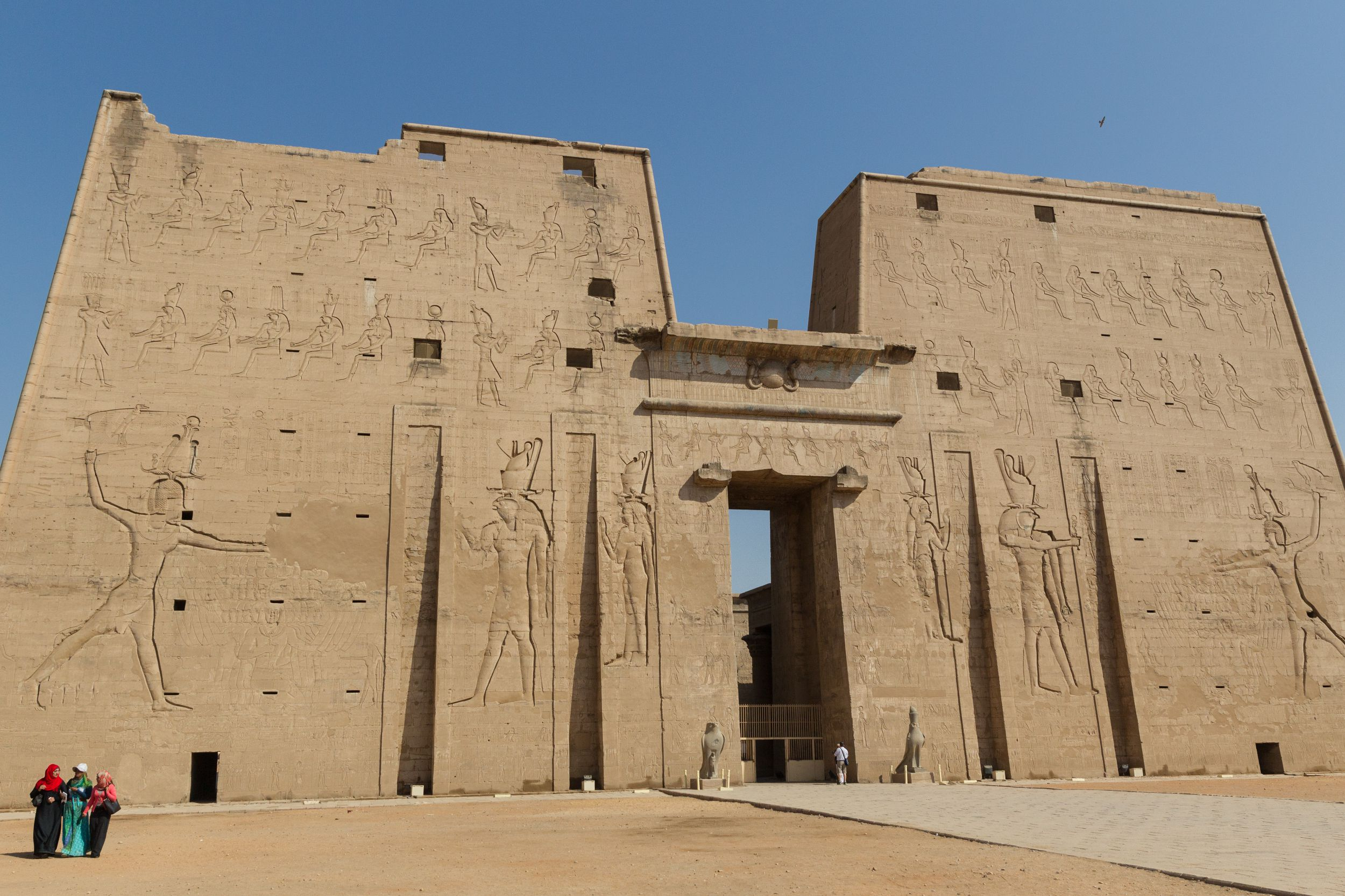 a look at ptolemaic egypt and the falcon of horus Ptolemaic dynasty: construction dedicated to the falcon god horus the temple of edfu is nearly intact and a very good example of an ancient egyptian temple.