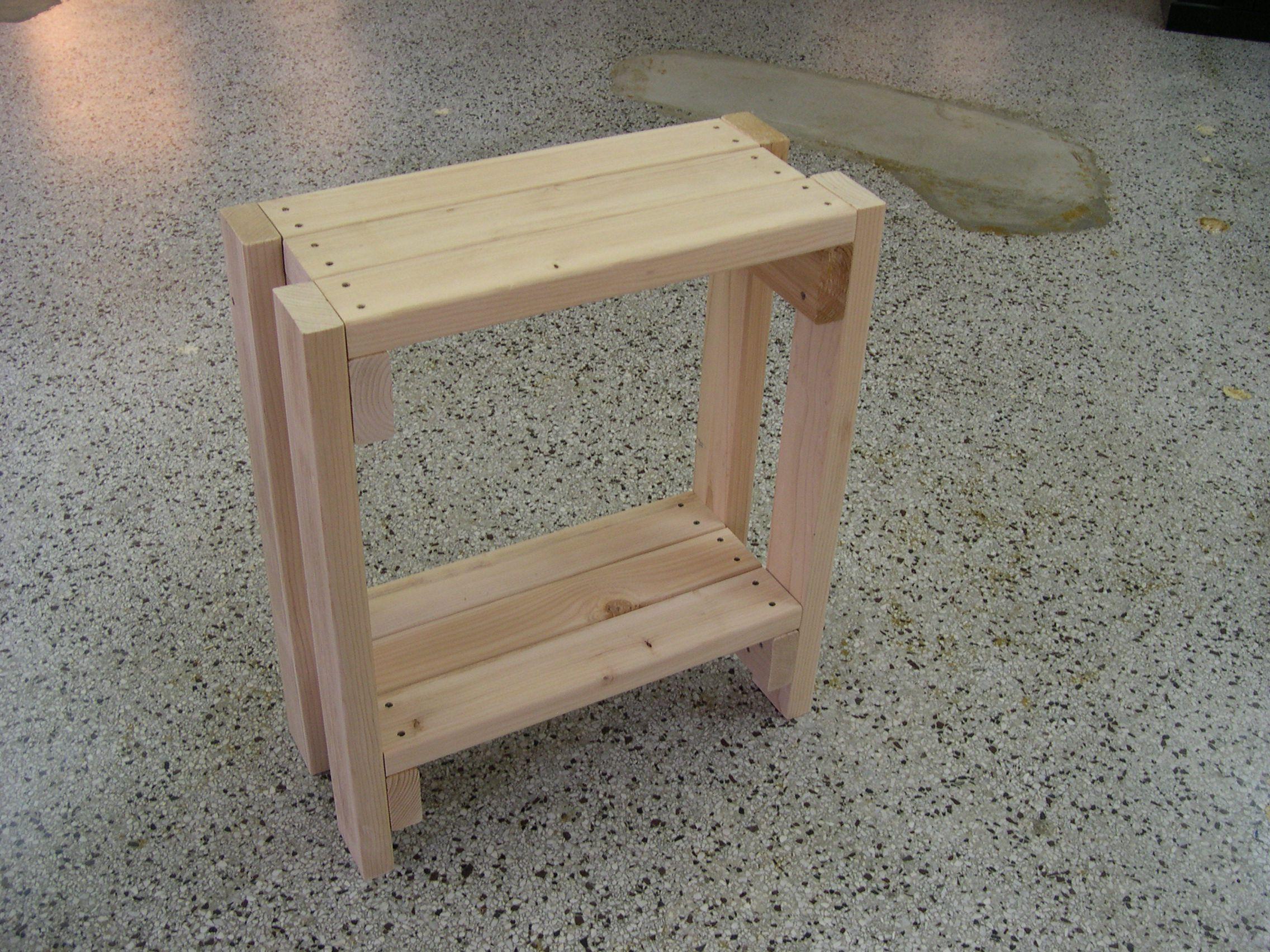 Do It Yourself DIY Simple Aquarium Stand