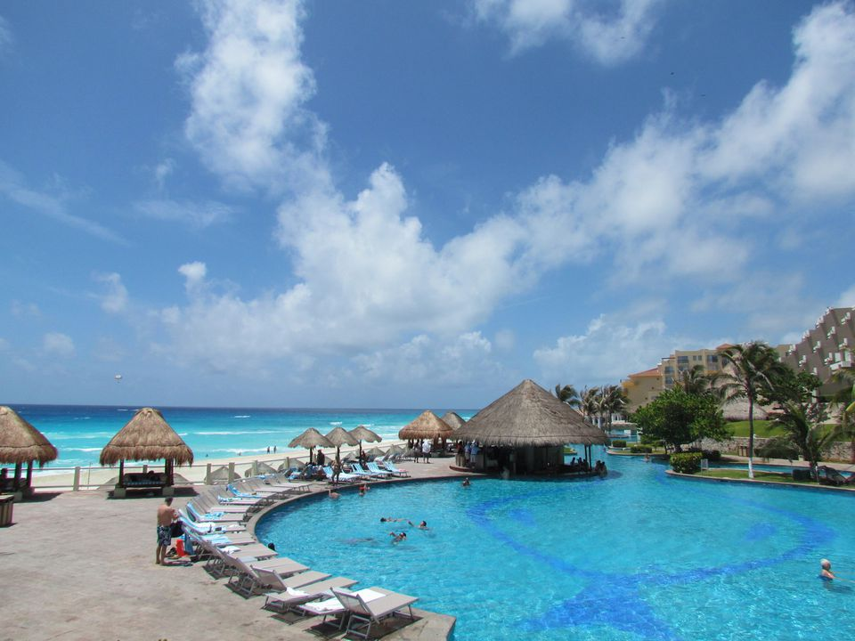 The pool at Paradisus Cancun