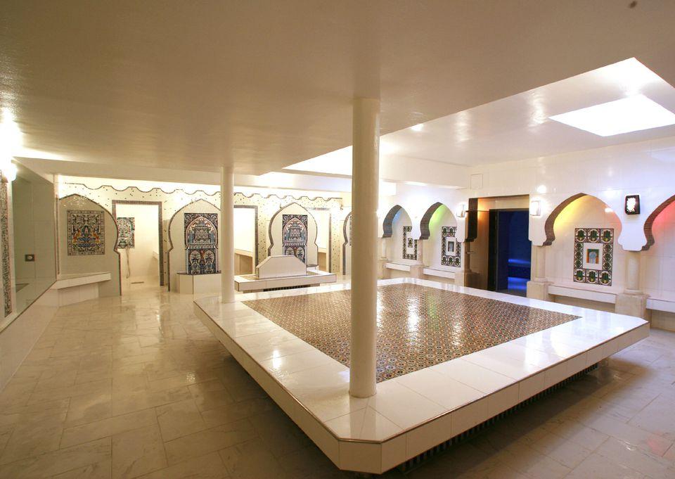 The main room at Hammam Pacha in Paris.