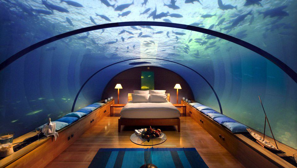 A room in the Jules Undersea Lodge