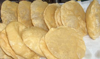 Crispy Poori (Deep Fried Indian Flat Bread)