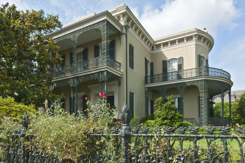 Colonel Short's Villa with Cornstalk fence, Garden District.