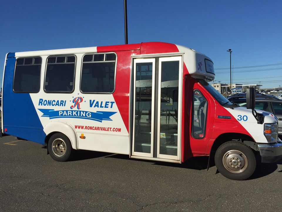 Roncari Valet Parking at Bradley Airport