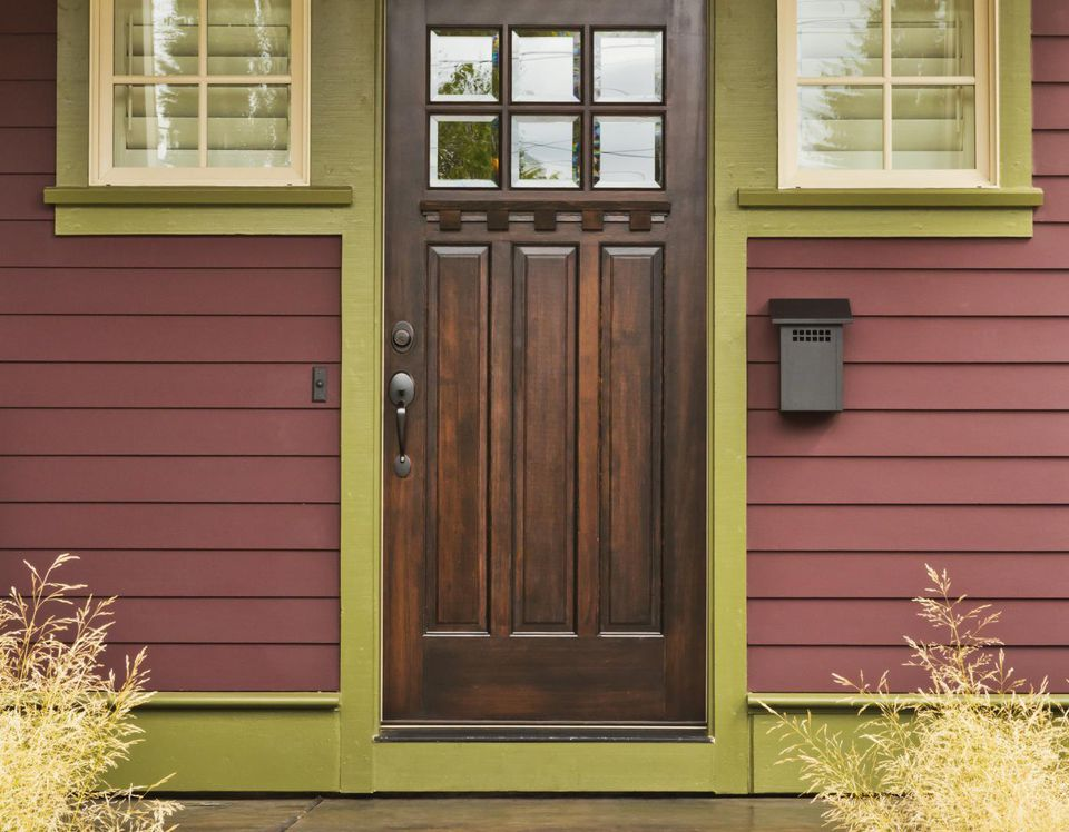 Hollow Core vs. Solid Wood Doors