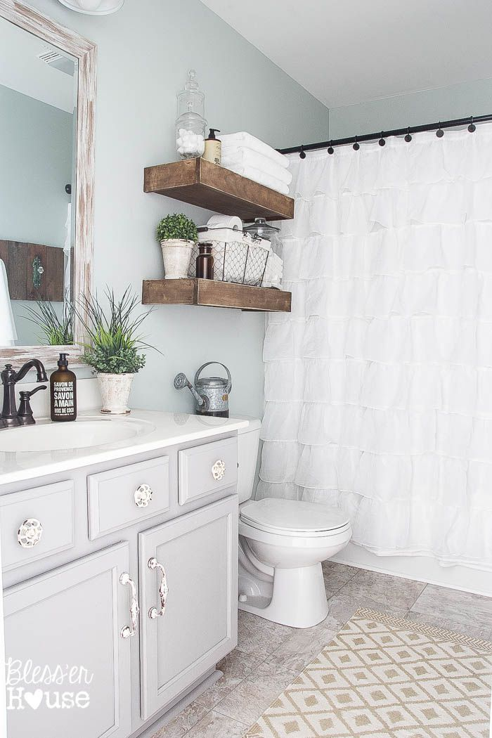 16 modern farmhouse bathrooms for Bathrooms in style