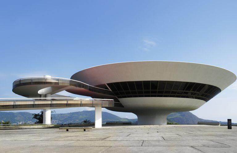 Niemeyer Museum of Contemporary Arts in Niterói, Rio de Janeiro, Brazil. Oscar Niemeyer, architect