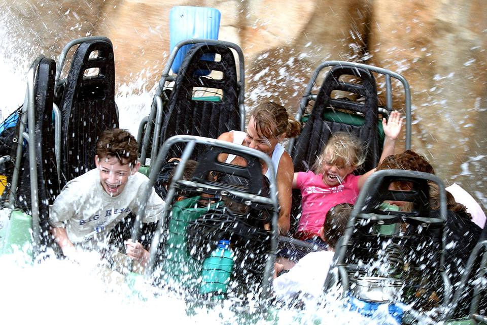 Grizzly River Run at California Adventure