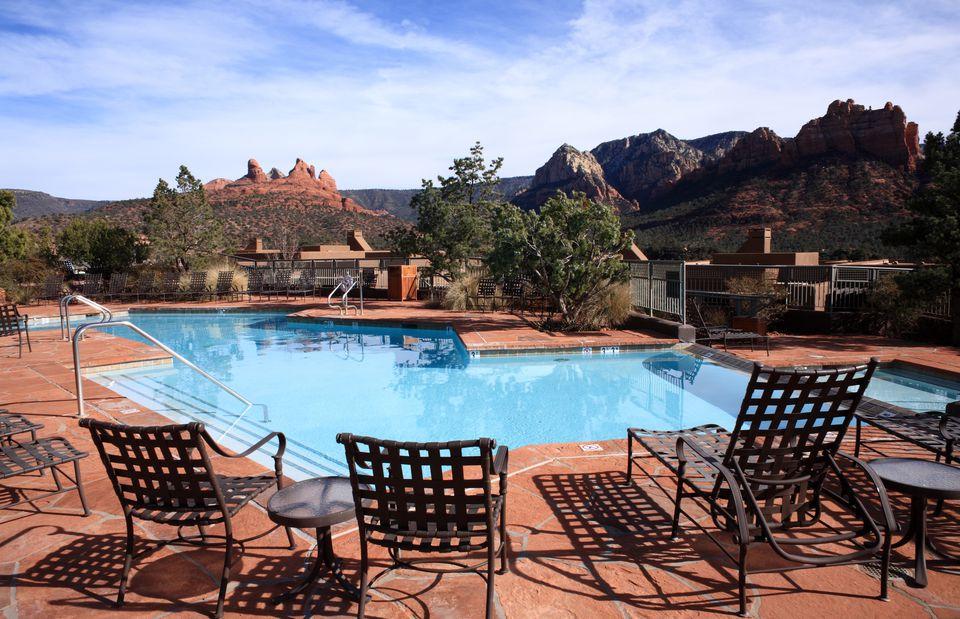10 kid friendly hotels in las vegas - Child friendly hotels swimming pool ...