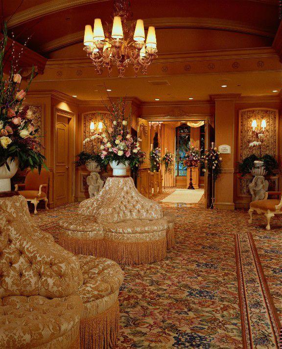 Las Vegas Wedding Hotel Packages: Pictures Of Las Vegas Wedding Chapels