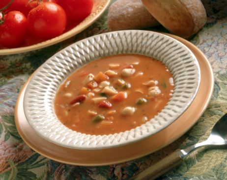 Minestrone Soup Is A Very Popular Vegetable Soup That Is Quite Healthy And Low In Fat This Vegetarian Crock Pot Minestrone Soup Recipe Has No Oil