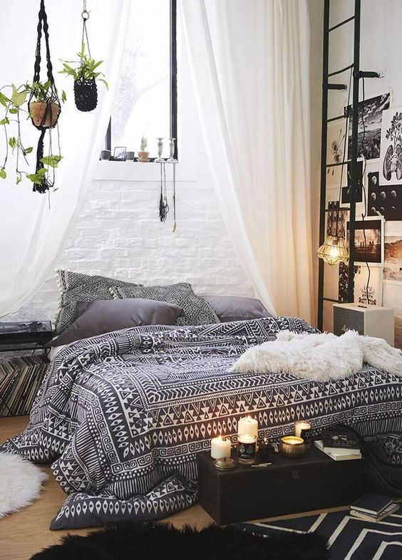 A Decorator's Guide To Bohemian Style