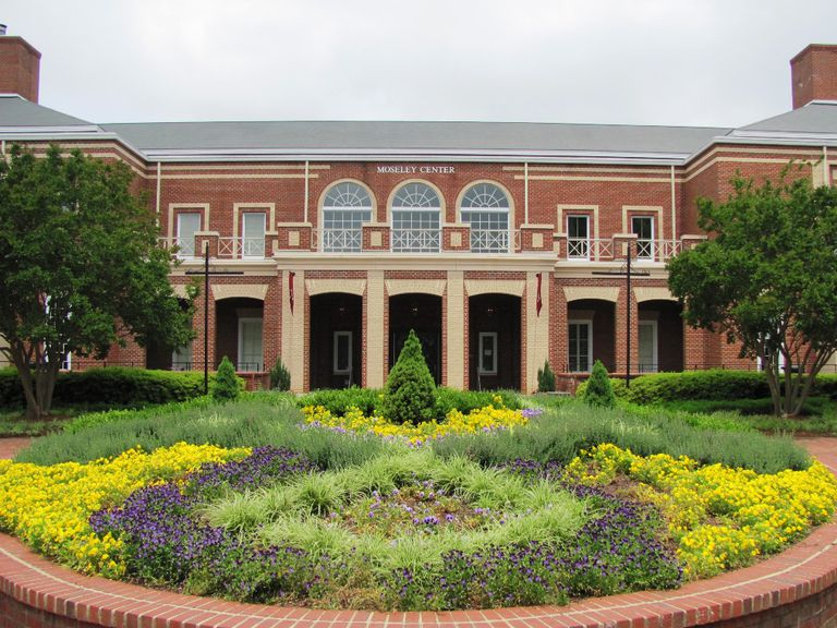 Moseley Center at Elon University