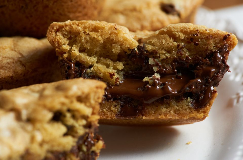 Chocolate Chip Lava Cookies