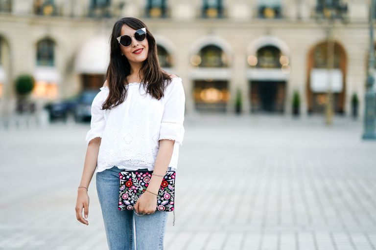 The best jeans for short women - street style inspiration