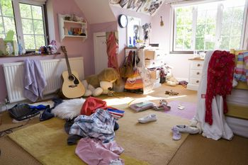 31 days of decluttering your home and life - Decluttering House