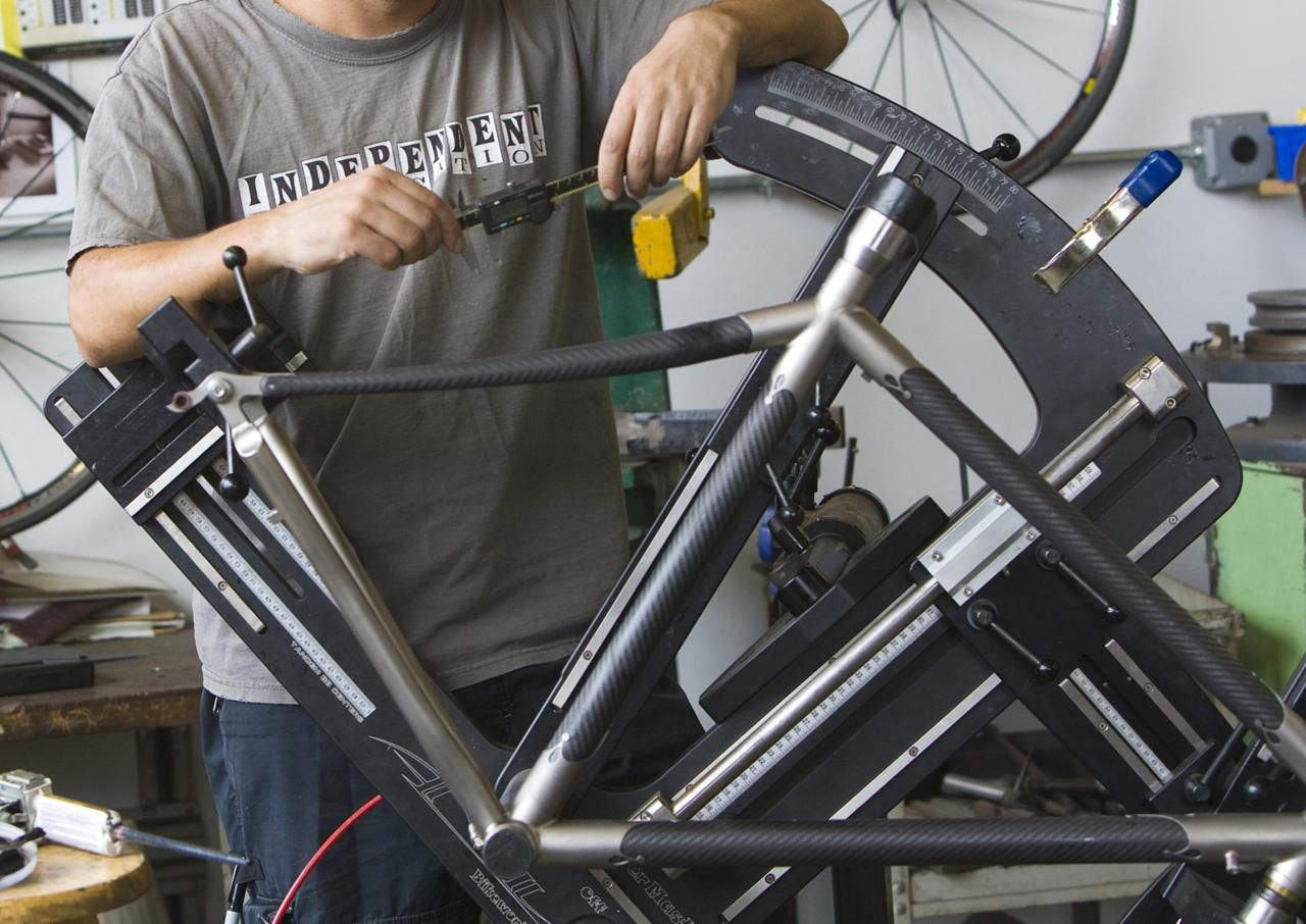What products use carbon fiber today