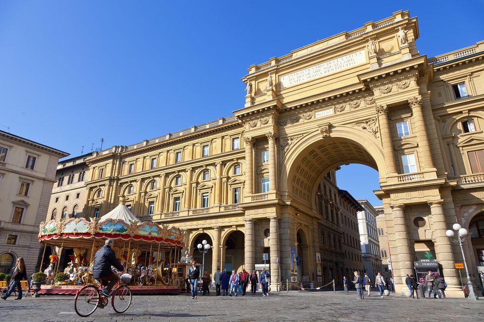 Florence, Piazza della Repubblica