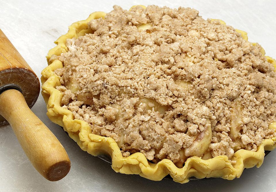 Sour Cream Apple Pie With Streusel Topping Recipe