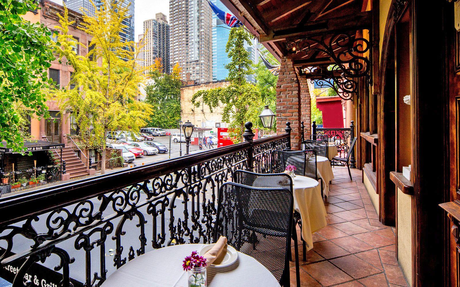 celebrate mardi gras 2016 in new york city. Black Bedroom Furniture Sets. Home Design Ideas