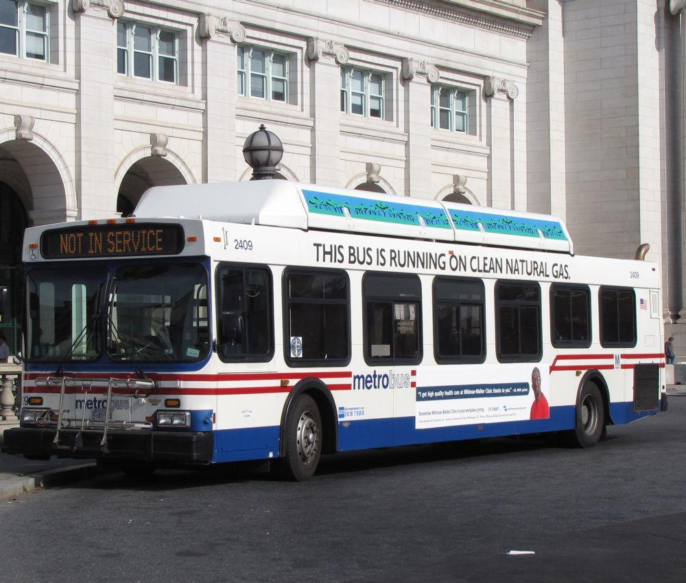 Metro Bus Cleaners Dc : Washington metrobus using dc s bus service