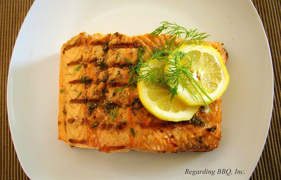 Grilled Lemon-Dill Salmon Fillets
