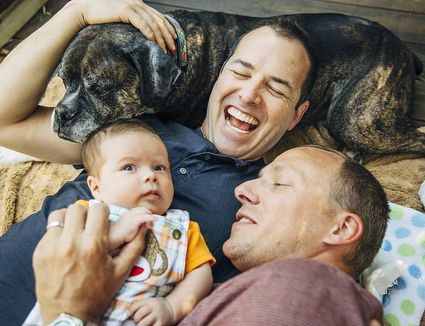 pro and con on gay couple adopting kids Read the pros and cons of the debate adoption of children by same sex couples  gay couples to adopt is like a form of discrimination, a hate towards sexual .
