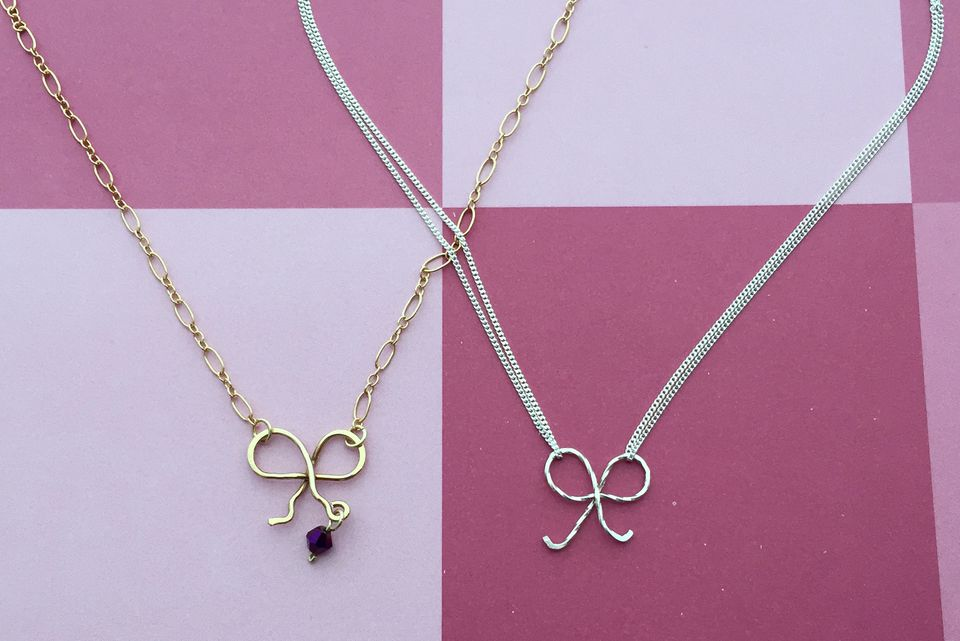 Wire bow necklaces