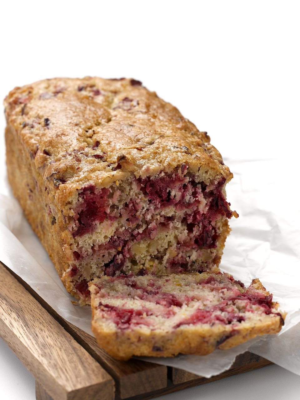 Cranberrybananabread-GettyImages-698196412-59f36d13054ad90010db0d86.jpg