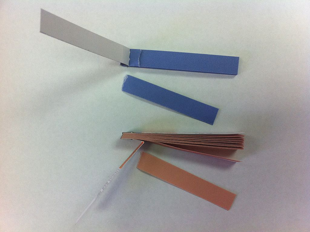 litmus paper definition Litmus: a pigment used as a test for acidity and alkalinity litmus paper turns red in acid and blue in an alkaline solution litmus is prepared from lichens like.