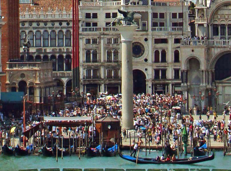 Summer crowds in Venice, Italy