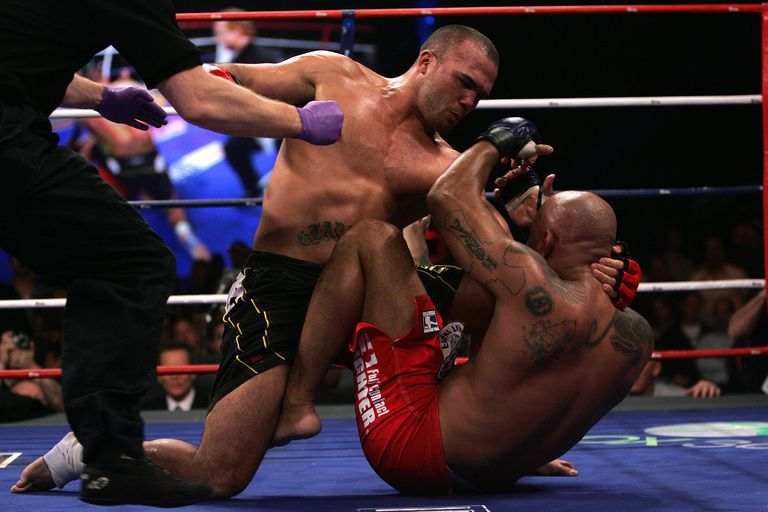 Robbie Lawler (L) battles Eduardo Pamplona during the Superfight at the International Fight League event