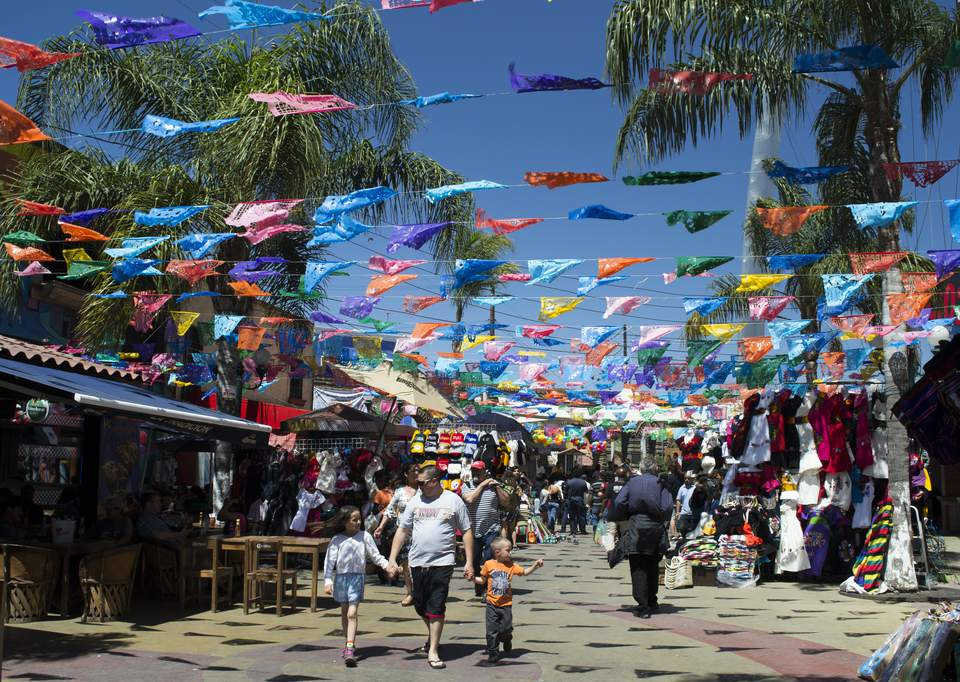 Street Market on Revolution Avenue