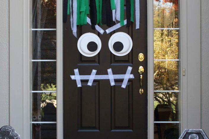Halloween-door-monster