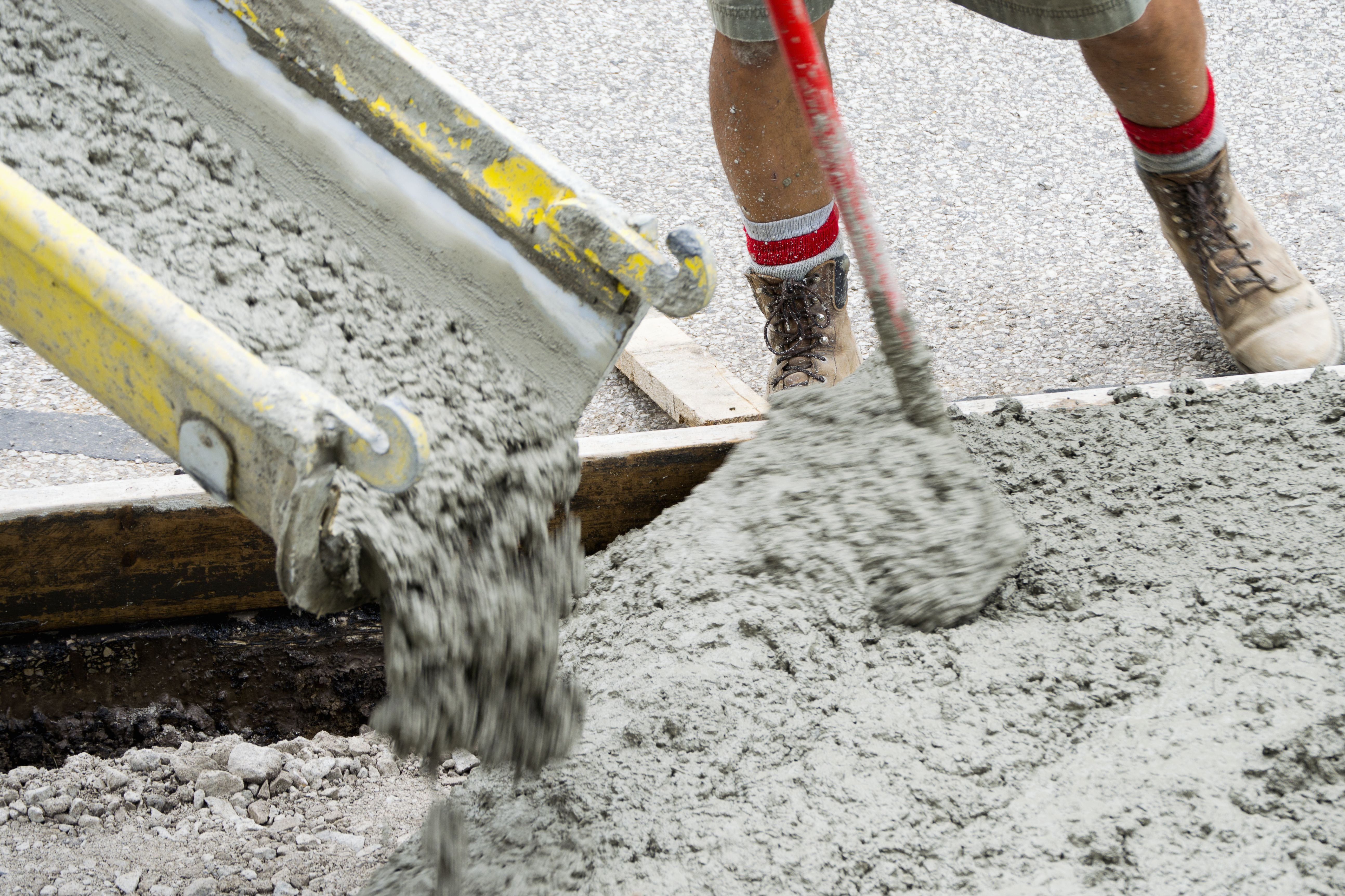 learn how to pour concrete in hot weather