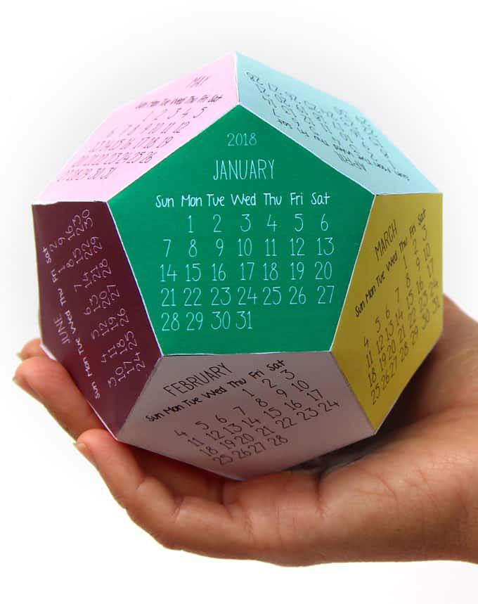 Kids Desk Calendar : Free printable calendars for