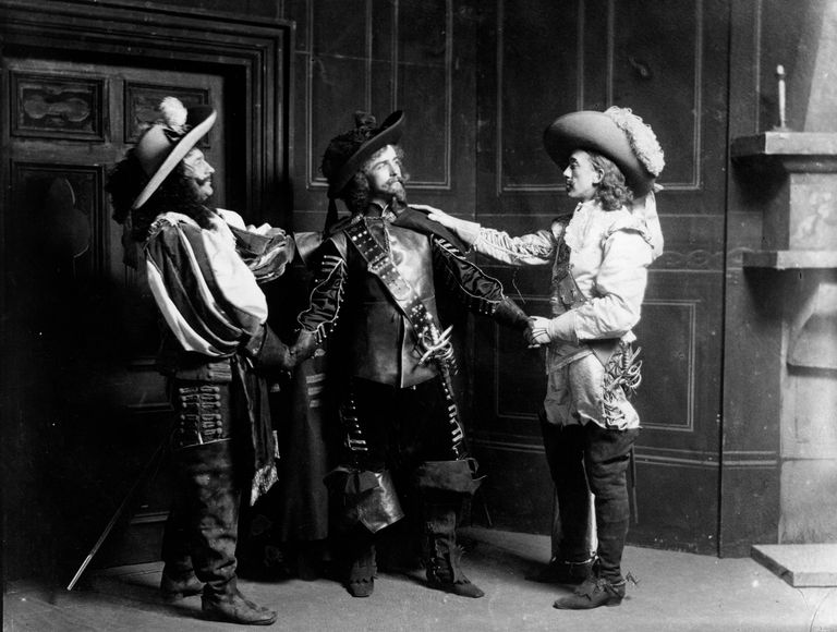 Three Musketeers Book Report Tips