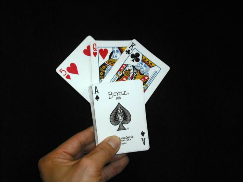 The Worlds Best Easy Card Trick - Easily coolest school world