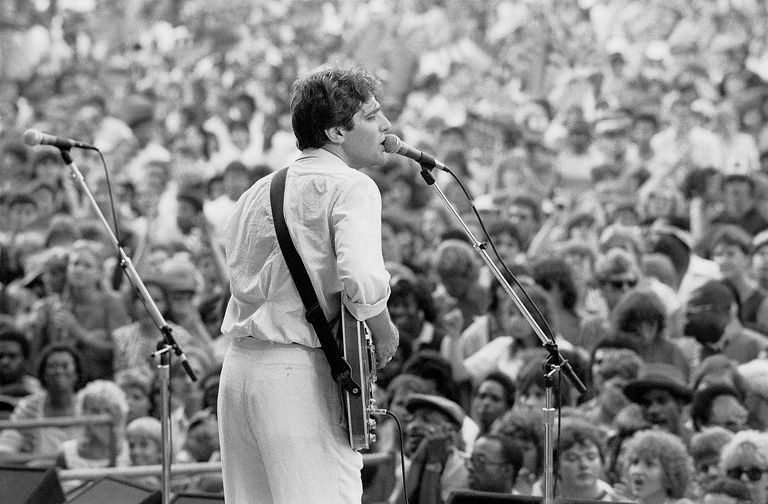 American singer-songwriter Glenn Frey performs at the Chicago BluesFest on July 4, 1985.