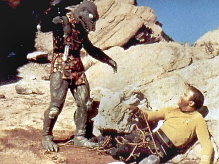 Kirk fighting the Gorn captain