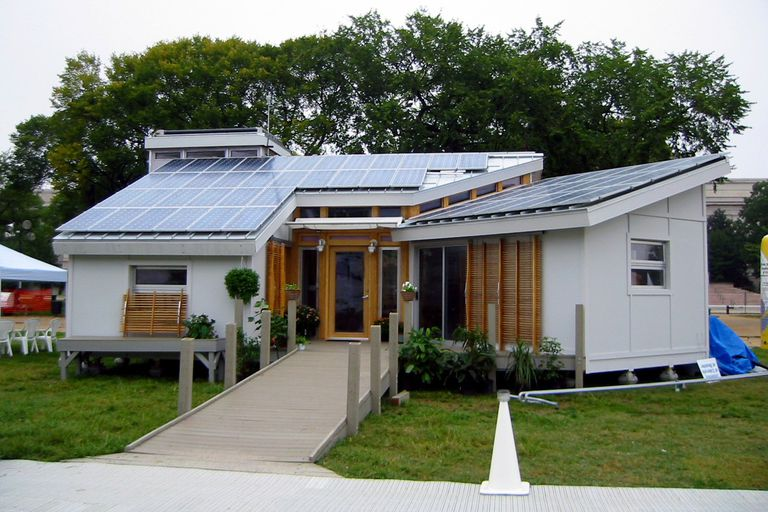 Solar Decathlon Winner in 2002, the University of Colorado at Boulder Team