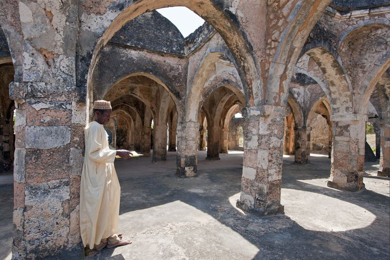 The magnificent ruins of the Great Mosque at Kilwa Kisiwani