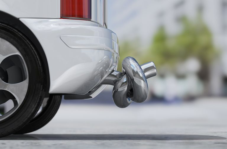 avoiding carbon monoxide poisoning in a car