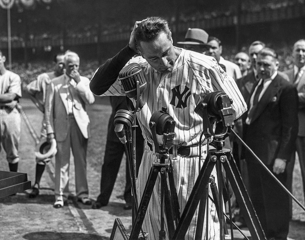 """lou gehrig farewell to baseball essay Gehrig's speech relied upon rhetorical elements in order to establish himself as   lou gehrig's """"farewell to baseball"""" address: setting the stage for a genre."""